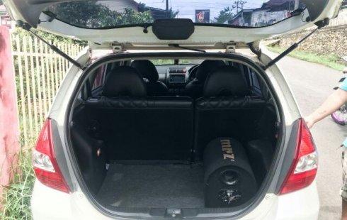 Dijual Cepat Mobil Honda Jazz i-DSI 2005 di Sumatra Selatan