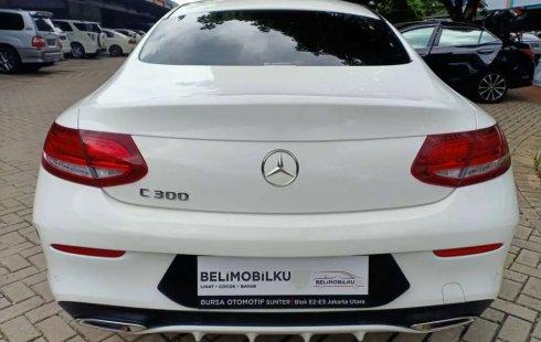 Dijual mobil bekas Mercedes-Benz C-Class C 300, DKI Jakarta