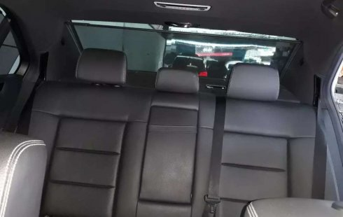 Dijual mobil bekas Mercedes-Benz E-Class E 200, DKI Jakarta