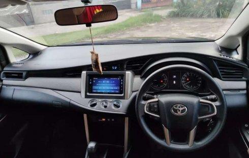 Dijual mobil bekas Toyota Kijang Innova 2.4G, Sumatra Selatan