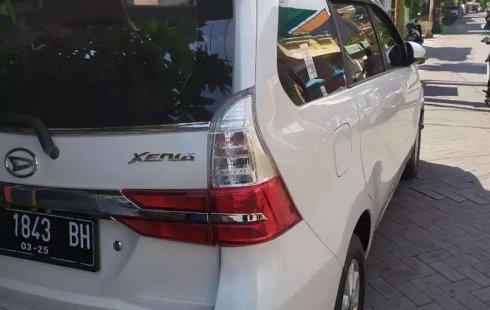Jual mobil bekas murah Daihatsu Xenia R DLX 2019 di Jawa Timur