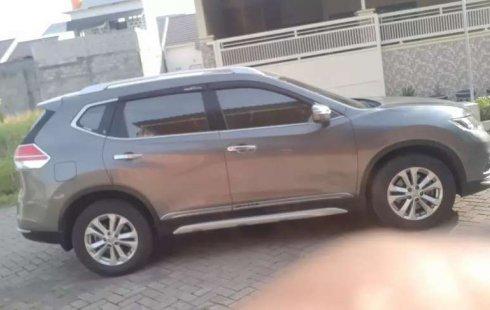 Jawa Timur, Nissan X-Trail 2015 kondisi terawat