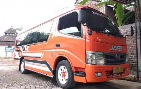 Mobil Hino Dutro 2017 dijual, Jawa Tengah