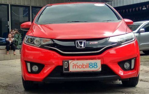Mobil Honda Jazz 2017 RS terbaik di Jawa Barat