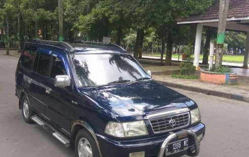 Jawa Timur, Toyota Kijang LGX 2000 kondisi terawat