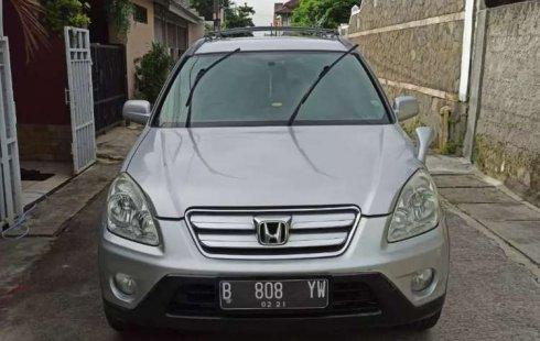 Mobil Honda CR-V 2005 2.0 terbaik di Jawa Barat