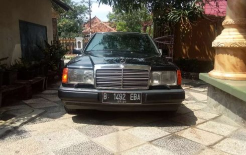 Jual Mercedes-Benz E-Class E 300 1986 harga murah di DKI Jakarta