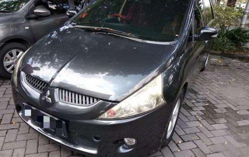 Jual mobil Mitsubishi Grandis 2.4 Automatic 2008 bekas, Jawa Timur