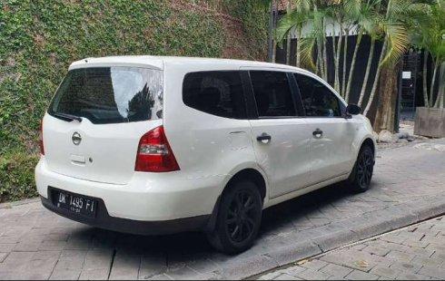 Jual Nissan Grand Livina SV 2012 harga murah di Bali