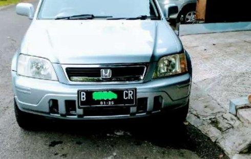 Honda CR-V 2001 Banten dijual dengan harga termurah