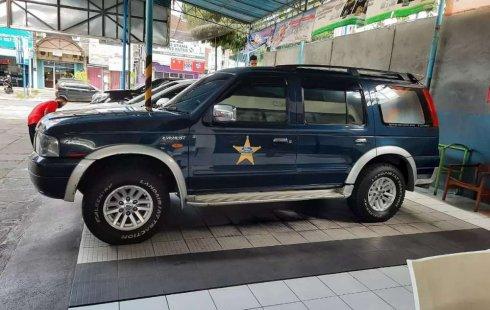 Mobil Ford Ranger 2004 terbaik di Bali