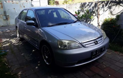Mobil Honda Civic 2001 VTi terbaik di Bali