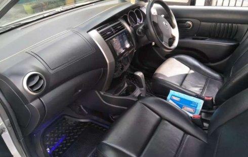 Jual cepat Nissan Grand Livina XV 2011 di Banten