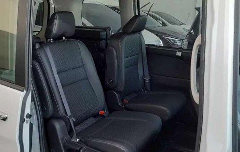 Jual Nissan Serena Highway Star 2019 harga murah di Banten