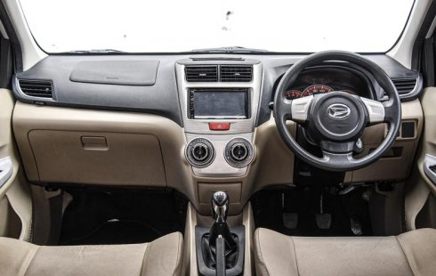 Jual Mobil Daihatsu Xenia X 2014 Bekas di DKI Jakarta