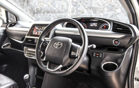 Jual Mobil Bekas Toyota Sienta V 2018 di DKI Jakarta