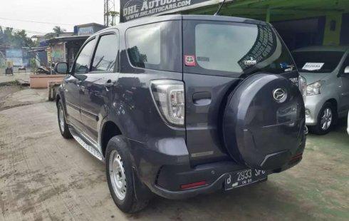 Mobil Daihatsu Terios 2015 X terbaik di Banten