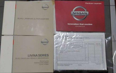 Jawa Timur, Nissan Grand Livina X-Gear 2014 kondisi terawat