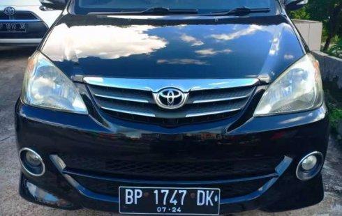 Mobil Toyota Avanza 2009 S dijual, Riau