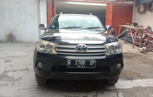 Dijual Cepat Toyota Fortuner G 2011 di Bekasi