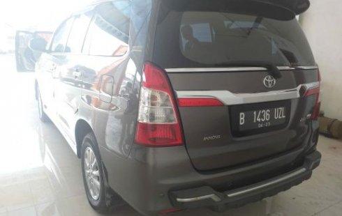 Dijual Mobil Toyota Kijang Innova V 2013 di Bekasi