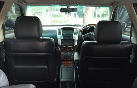 Dijual Cepat Toyota Harrier 2.4 2011 di Bekasi