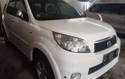 Jual Toyota Rush S 2012 harga murah di Jawa Barat