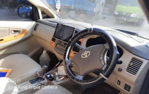 Mobil Toyota Kijang Innova 2010 V dijual, DKI Jakarta