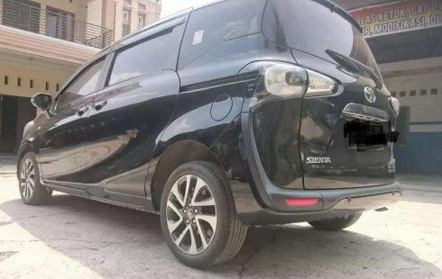 Jual Toyota Sienta V 2016 harga murah di Sumatra Utara