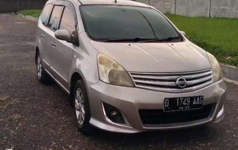 Jual mobil Nissan Grand Livina XV 2013 bekas, Jawa Barat