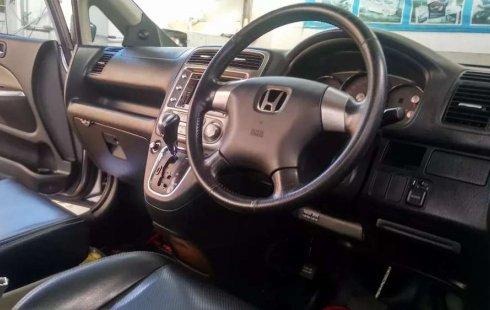 Jual cepat Honda Stream 2.0 2005 di DIY Yogyakarta