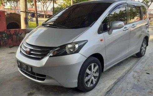 Dijual mobil bekas Honda Freed PSD, Riau