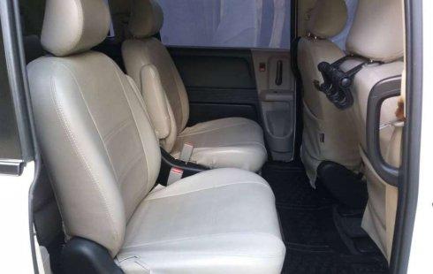 Dijual mobil bekas Honda Freed PSD, Jawa Timur
