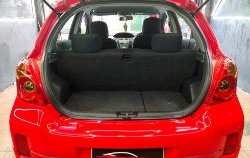 Dijual cepat Toyota Yaris E AT 2012 Merah di DKI Jakarta