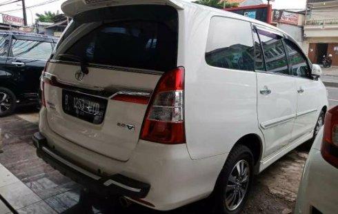 Jual Mobil Bekas Toyota Kijang Innova V 2015 di Bekasi