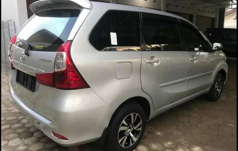 Mobil Daihatsu Xenia 2016 R terbaik di Lampung