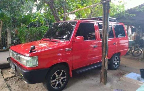 Mobil Toyota Kijang 1990 1.5 Manual terbaik di Jawa Barat
