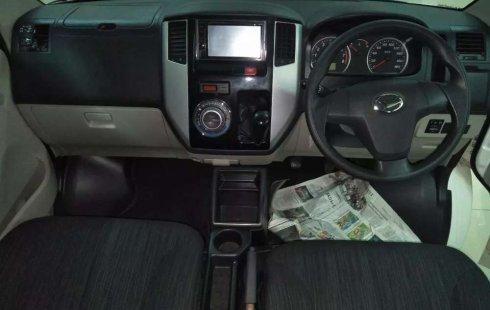 Jawa Timur, Daihatsu Luxio X 2017 kondisi terawat