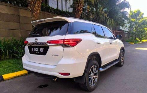 Dijual mobil bekas Toyota Fortuner VRZ, Lampung