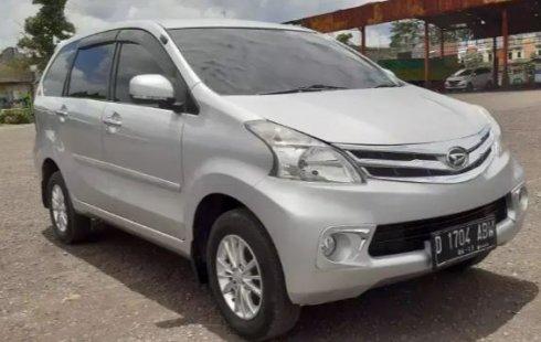 Jual Cepat Mobil Daihatsu Xenia R DLX 2014 di Jawa Barat