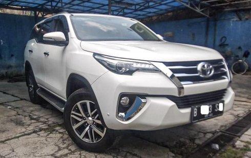 Dijual Mobil Bekas Toyota Fortuner VRZ 2017 di Depok