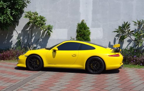 Jual Mobil Bekas Porsche 911 Carrera S 2015 di Jawa Timur