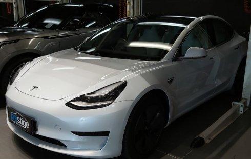 Dijual Mobil Tesla Model 3 Standard Range Plus 2020 DKI Jakarta