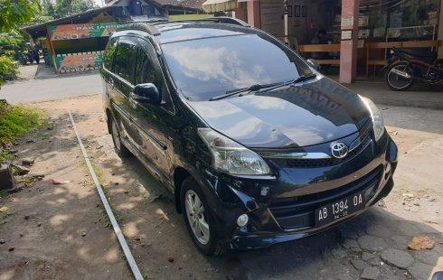 Jual Mobil Bekas Toyota Avanza Veloz 1.5 Matic 2015 di DIY Yogyakarta