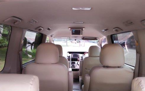 Jual Cepat Mobil Toyota NAV1 V 2013 di Tangerang Selatan