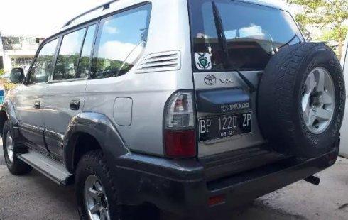 Dijual Cepat Mobil Toyota Prado 2.7 2001 di Pulau Riau