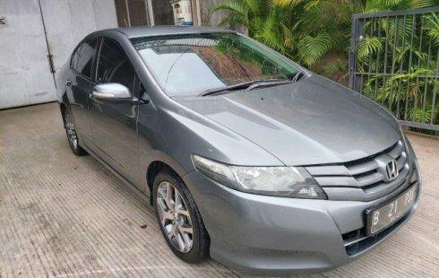 Dijual mobil bekas Honda City E 2011 Bekasi