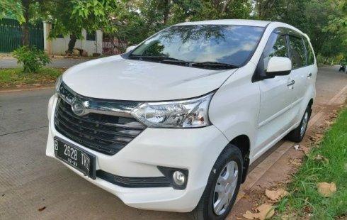 Dijual mobil Daihatsu Xenia R 2016 di Bekasi