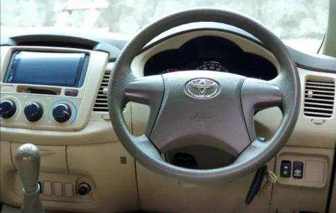 Jual Cepat Mobil Toyota Kijang Innova E 2015 di Semarang, Jawa Tengah