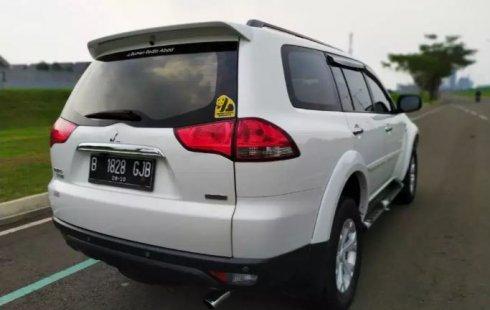 Dijual Mobil Bekas Mitsubishi Pajero Sport 2.5L Dakar 2015 di Tangerang